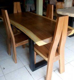 Meja Solid Suar Wood IJ-06 Kursi Makan Minimalis