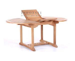 Teak-garden-table-Indonesia