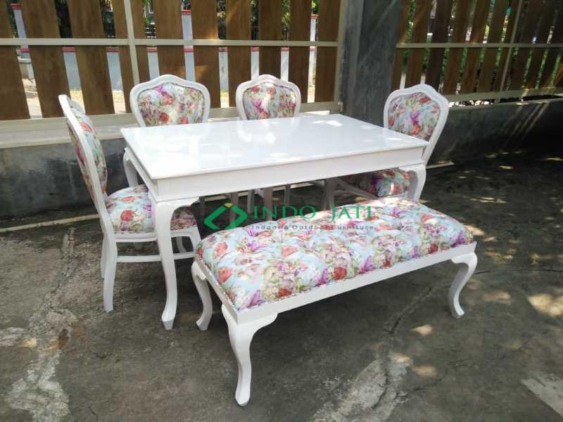 Set Kursi Makan Mewah Duco Putih Furniture Modern