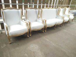 Kursi Pelaminan Gold Model Wing Chairs