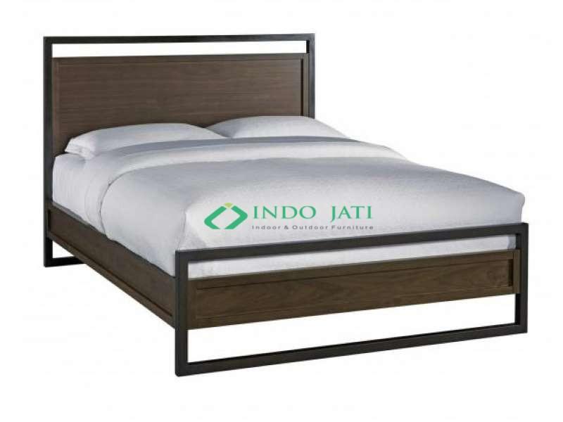Kamar Tidur Jati Industrial