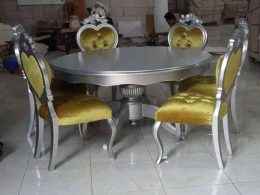 Set Kursi Makan Cinta