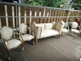 Set Sofa Pelaminan Mewah Gold