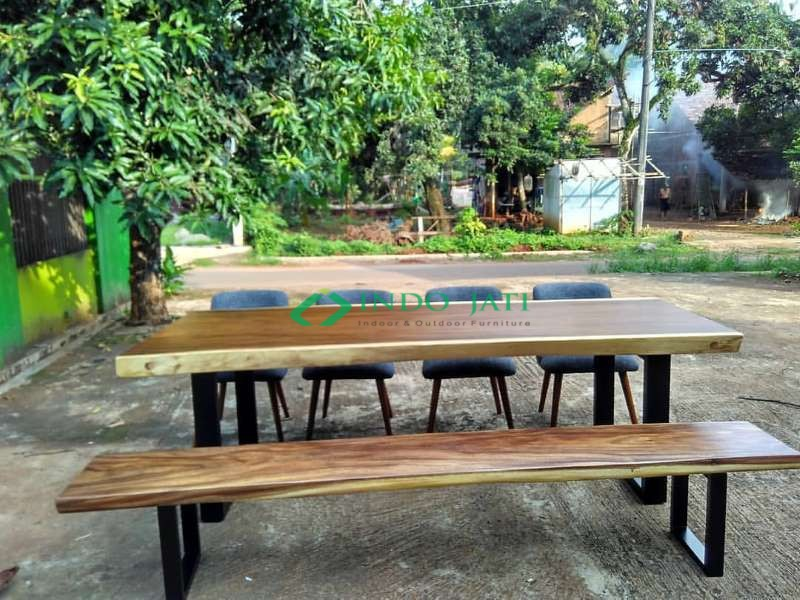Kursi Cafe Meja Trembesi Solid