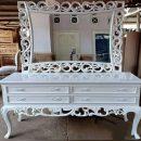 Meja Rias Klasik Putih