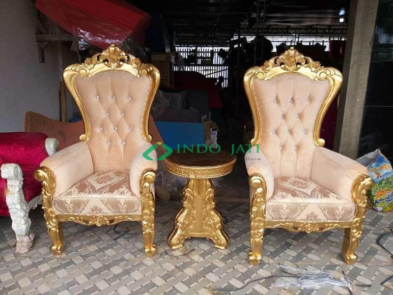 Kursi Teras Mewah Klasik Gold