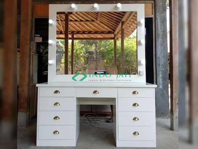 Meja Rias Salon Duco Putih