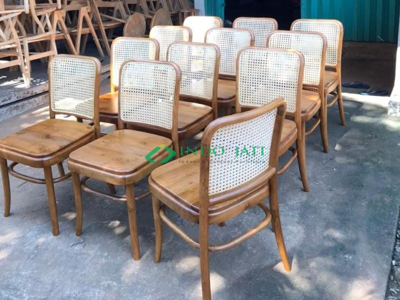 Kursi Cafe Rotan Murah